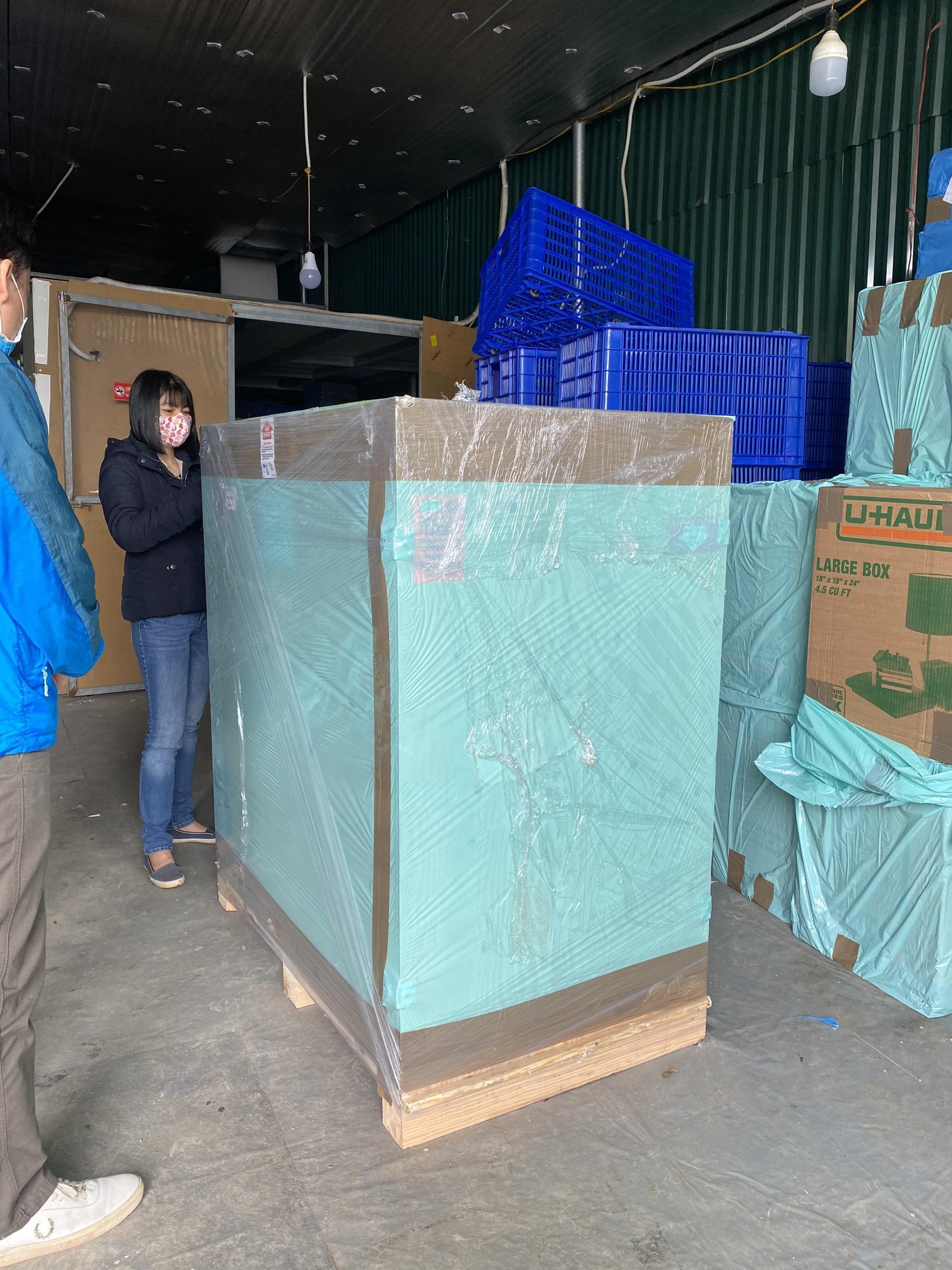 Dịch vụ chuyển phát nhanh hàng xách tay từ Úc về Việt Nam