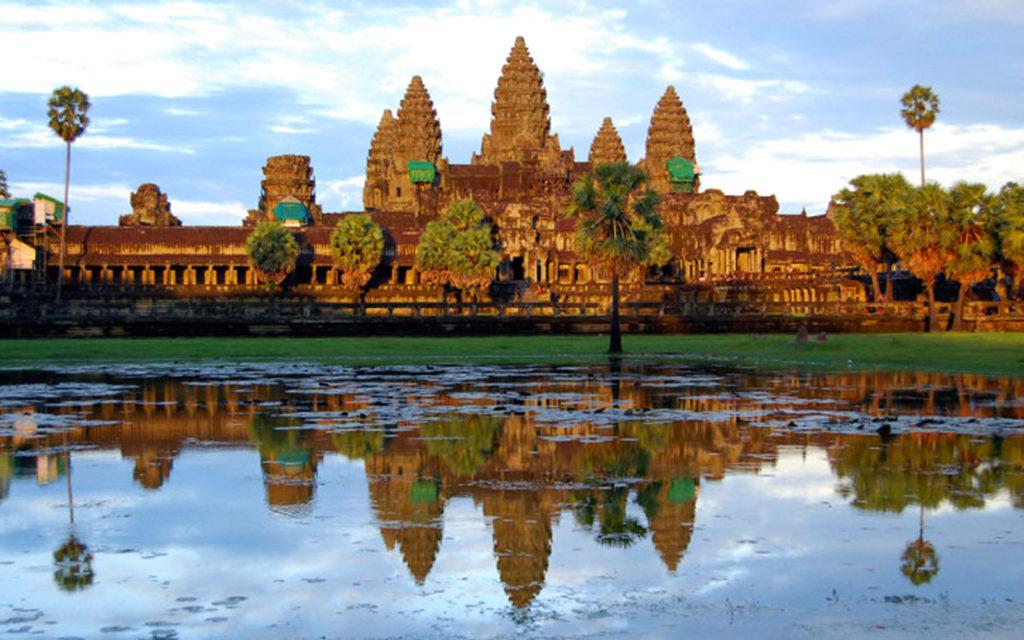 Chuyen hang di Campuchia