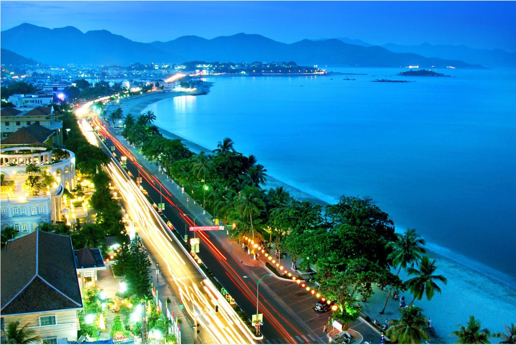 Dịch vụ chuyển phát nhanh hỏa tốc từ TP Hồ Chí Minh - Sài Gòn đến Đà Nẵng chuyên nghiệp, chất lượng hàng đầu