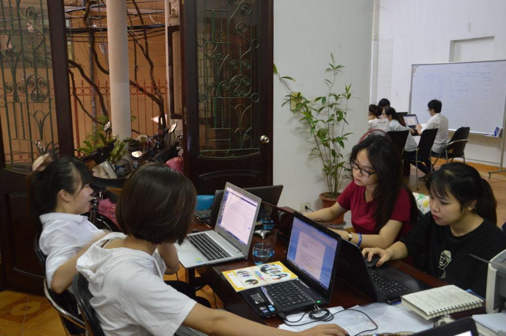 Đào tạo soạn thảo hợp đồng xuất nhập khẩu cùng Indochina247