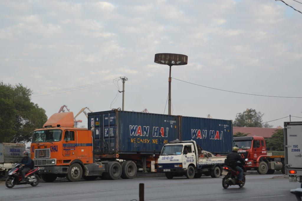 Vận chuyển hàng hóa - Gửi hàng đi Lào giá rẻ