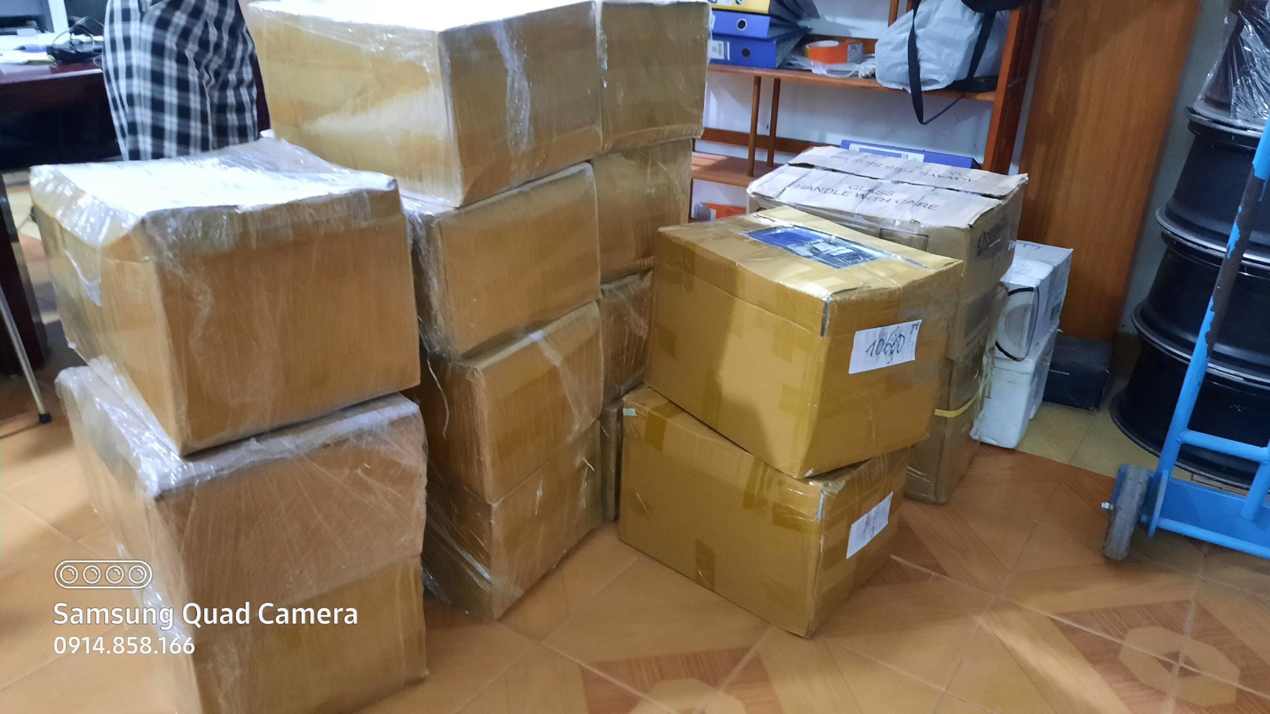 Chuyên dịch vụ chuyển phát nhanh gửi hàng mẫu đi Hàn Quốc và Nhật Bản