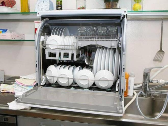 Chuyển phát nhanh đồ điện tử và điện lạnh Nhật về Việt Nam chuyên nghiệp giá rẻ.