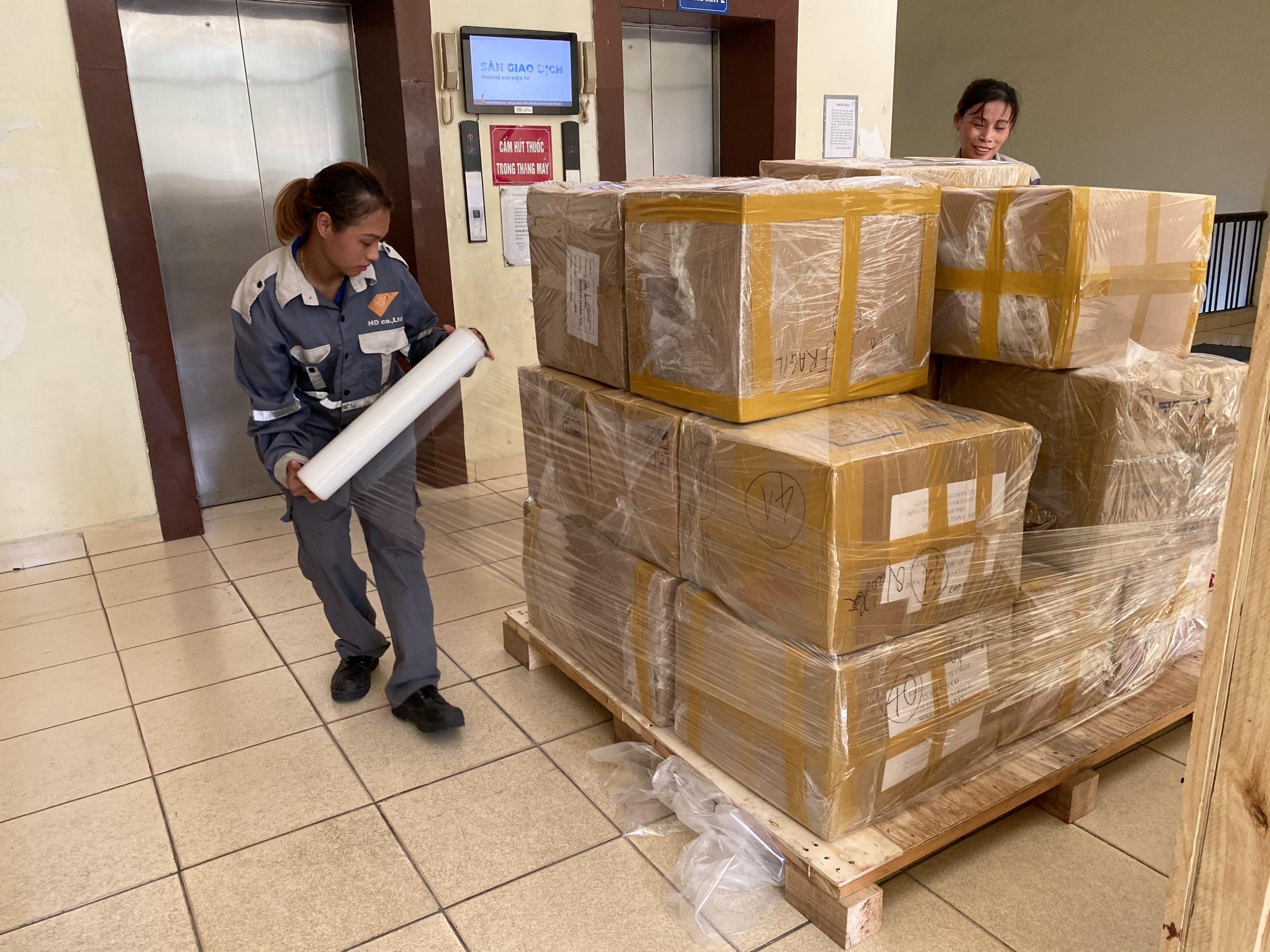 Vận chuyển đường biển hàng lẻ và hàng nguyên container cùng Indochina247