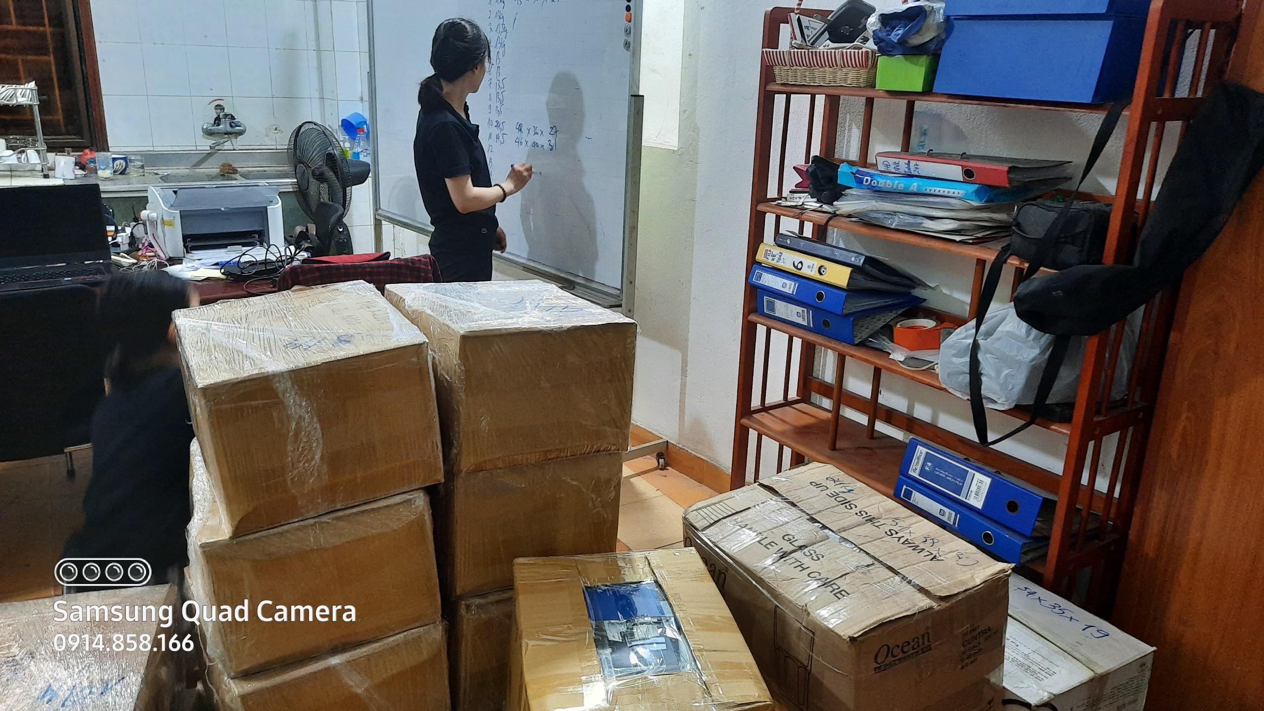 Dịch vụ chuyển phát nhanh hàng thực phẩm đi Hong Kong