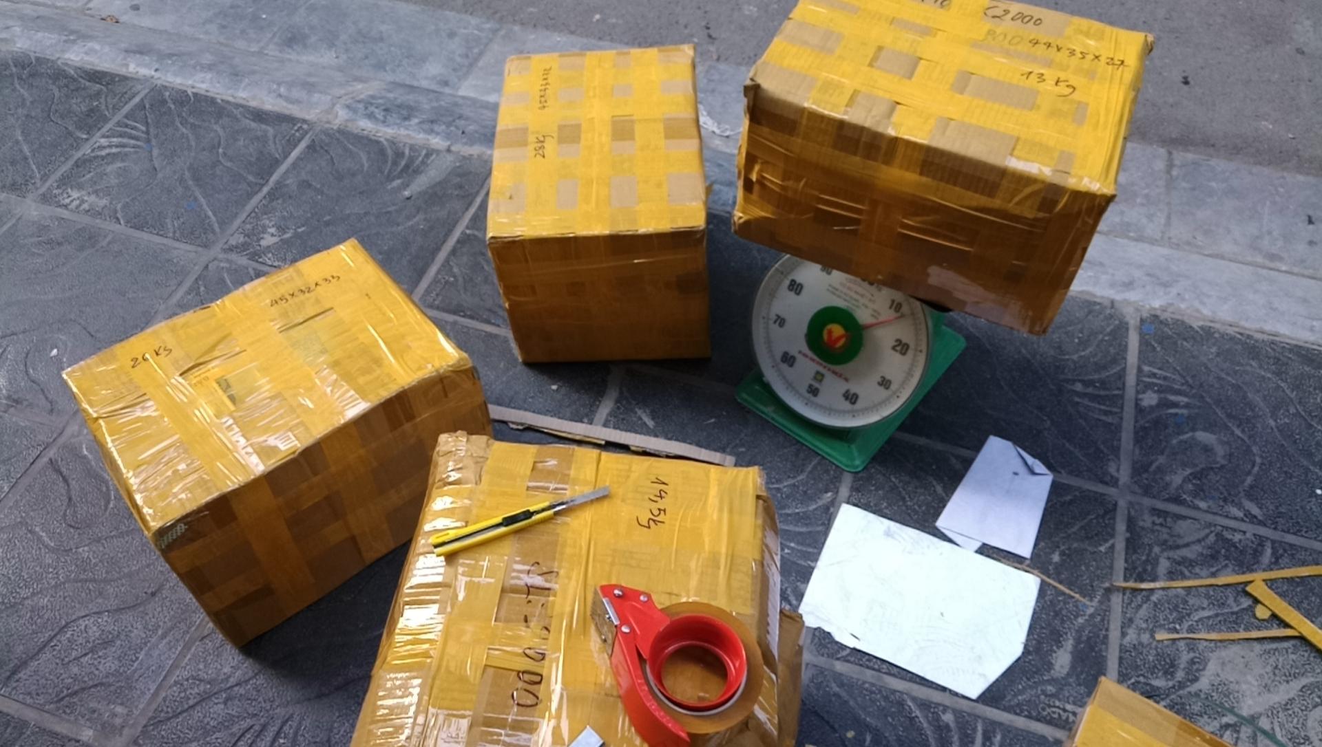 Dịch vụ mua hộ chuyển phát nhanh Robot hút bụi từ Mỹ về Việt Nam