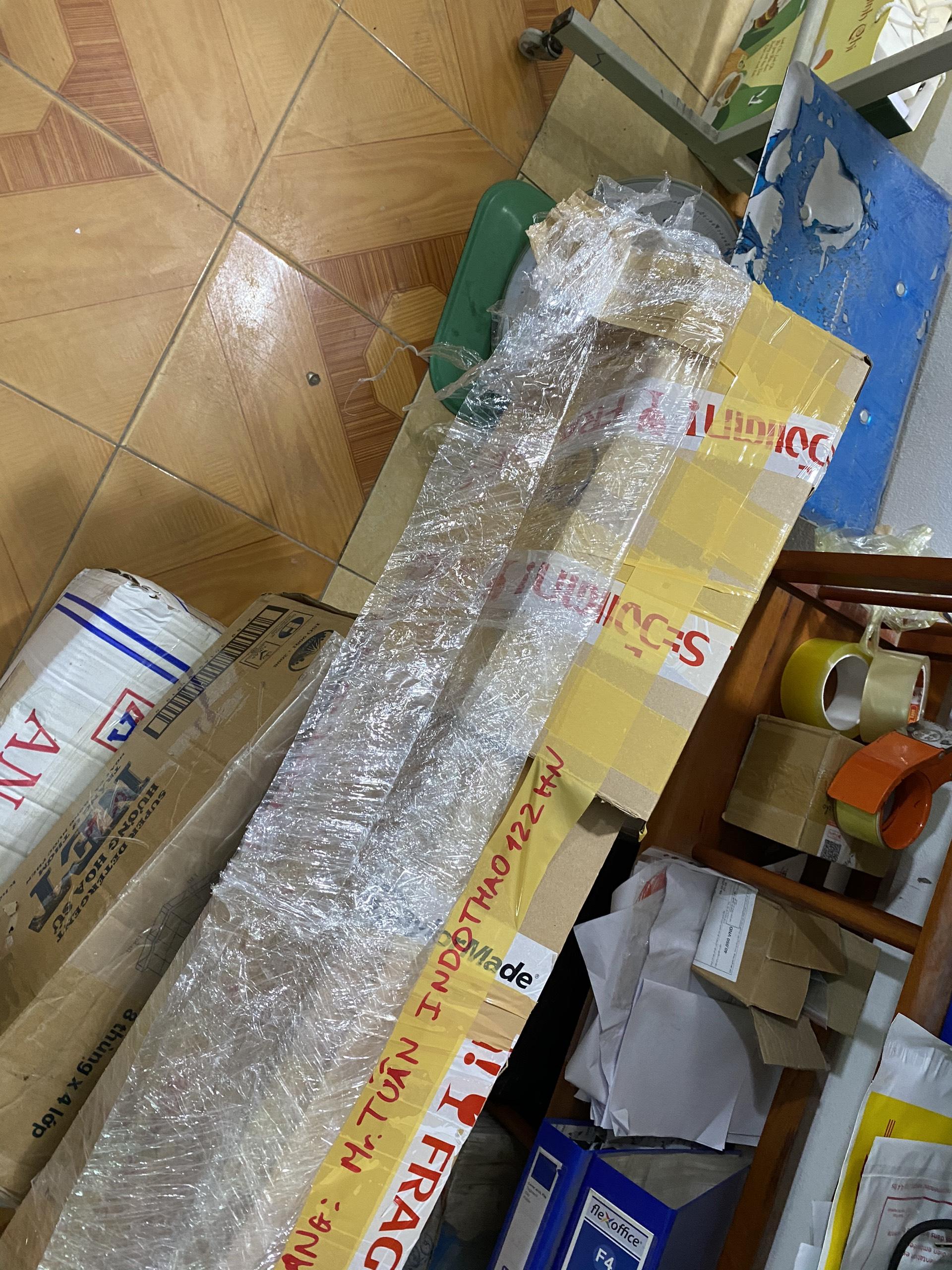 Dịch vụ chuyển phát nhanh hàng Bóng đèn từ Nhật về Việt Nam