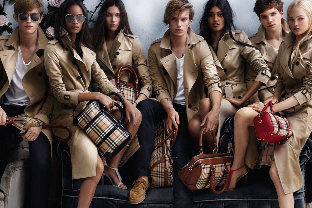 Dịch vụ chuyển phát nhanh hàng thời trang đi Ấn Độ