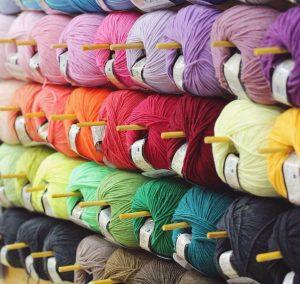 Dịch vụ mua hộ chuyển phát nhanh quần áo từ Ấn Độ về Việt Nam
