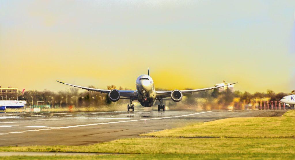 Quy trình 3 bước vận chuyển chuyển phát nhanh đường hàng không hàng mẫu từ Mỹ về Việt Nam 1